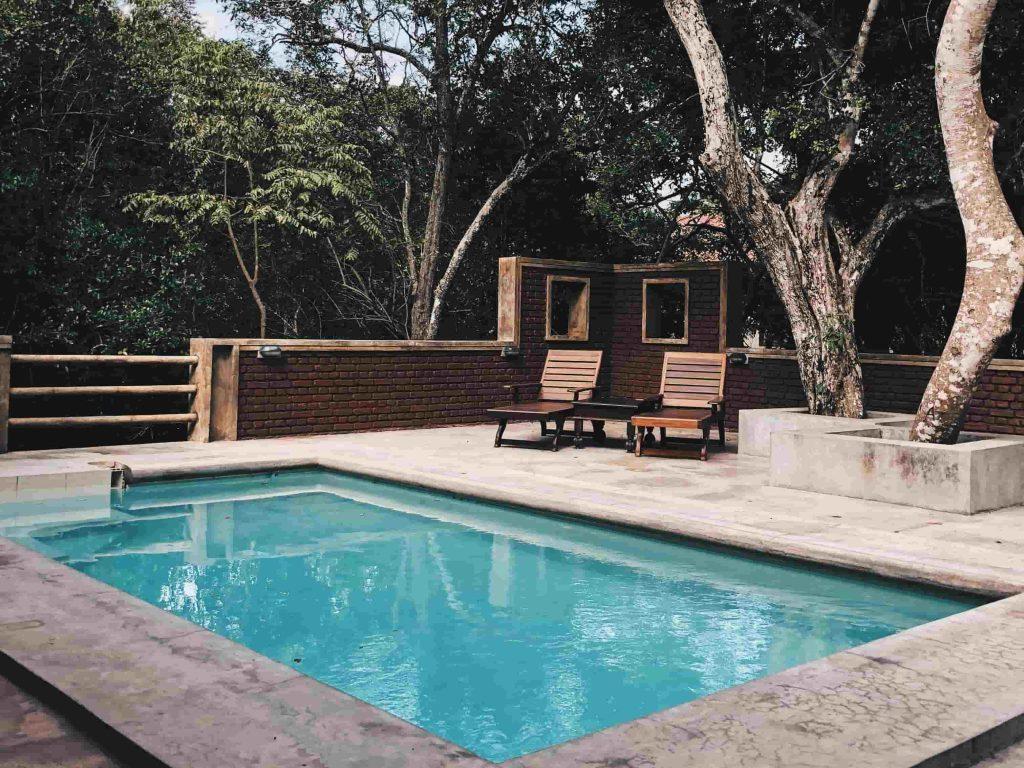 réduire les frais d'électricité de sa piscine grace au solaire