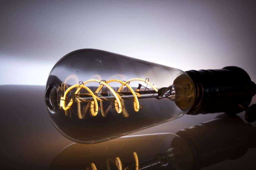 Faire des économies d'énergie ampoule