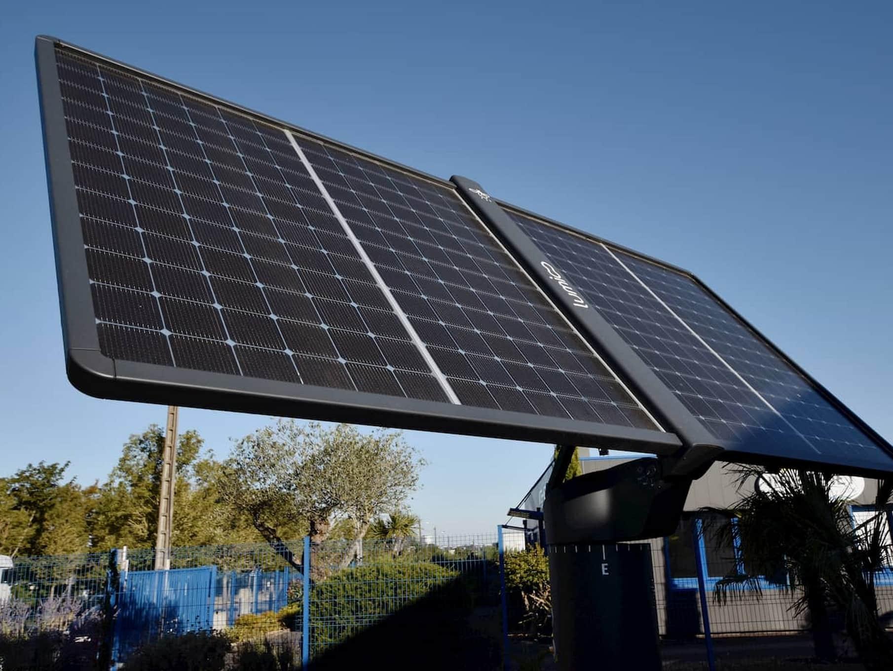 Focus vidéo sur les panneaux du tracker solaire Lumioo